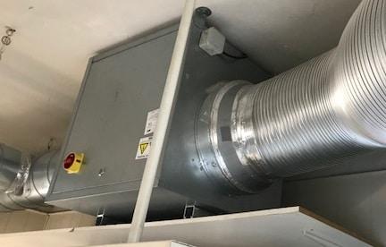 Comment changer le filtre à air de mon caisson de filtration