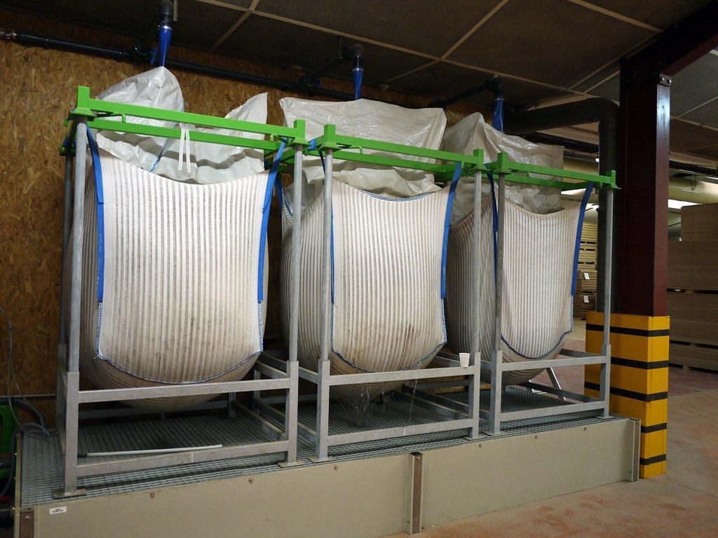 Support de big-bag en série pour filtrer boue liquide